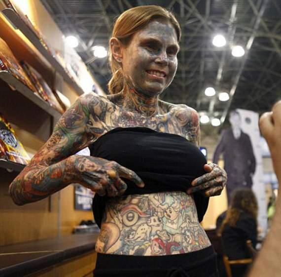 tattooed girls. tattooed-girl