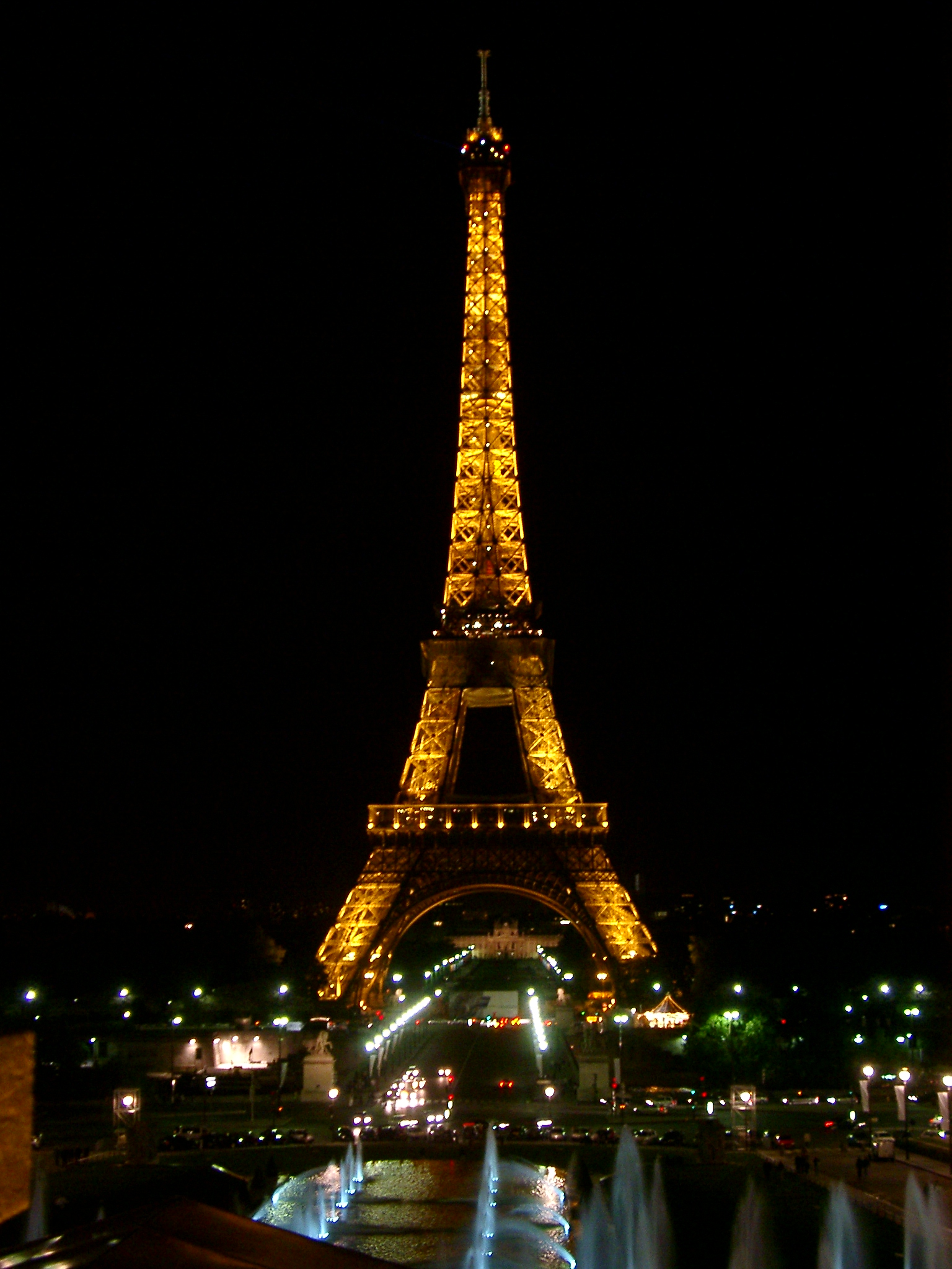 Home Design Software Free For Ipad Eiffel Tower At Night 2744 The Wondrous Pics