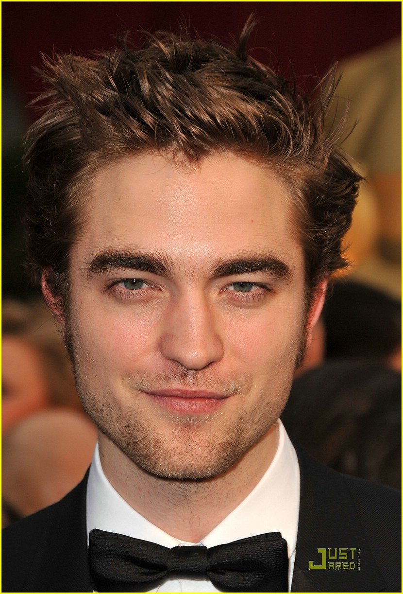 Robert Pattinson - Beautiful HD Wallpapers