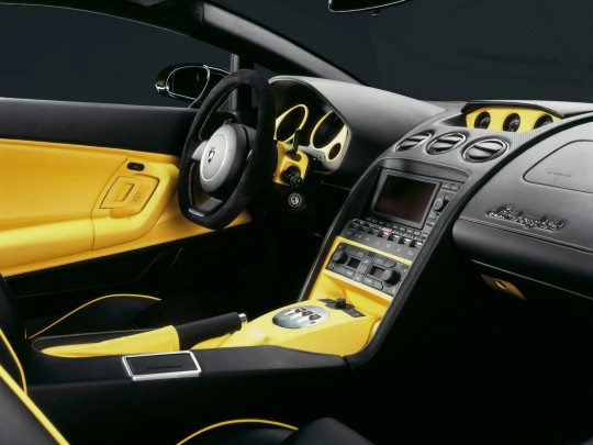 2006-Lamborghini-Gallardo-SE-Interior