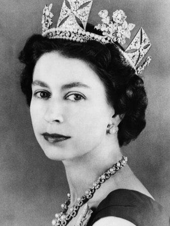 Elizabeth 2 Mid 50s