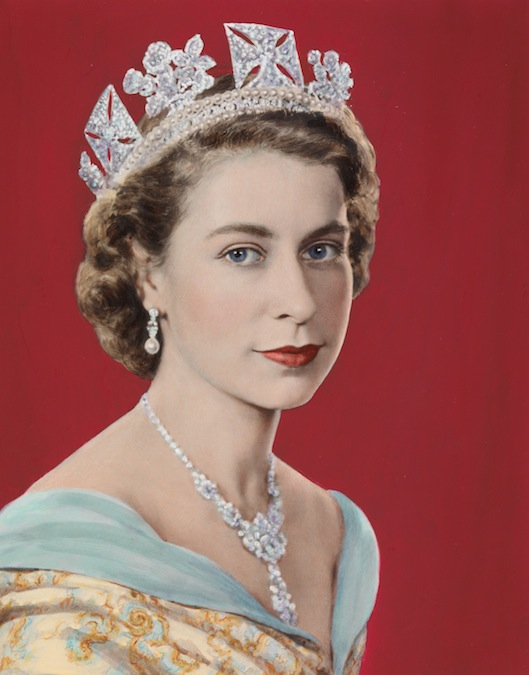 queen elizabeth ii is born 21 april 1926 the queen regnant of sixteen    Queen Elizabeth 2 Young