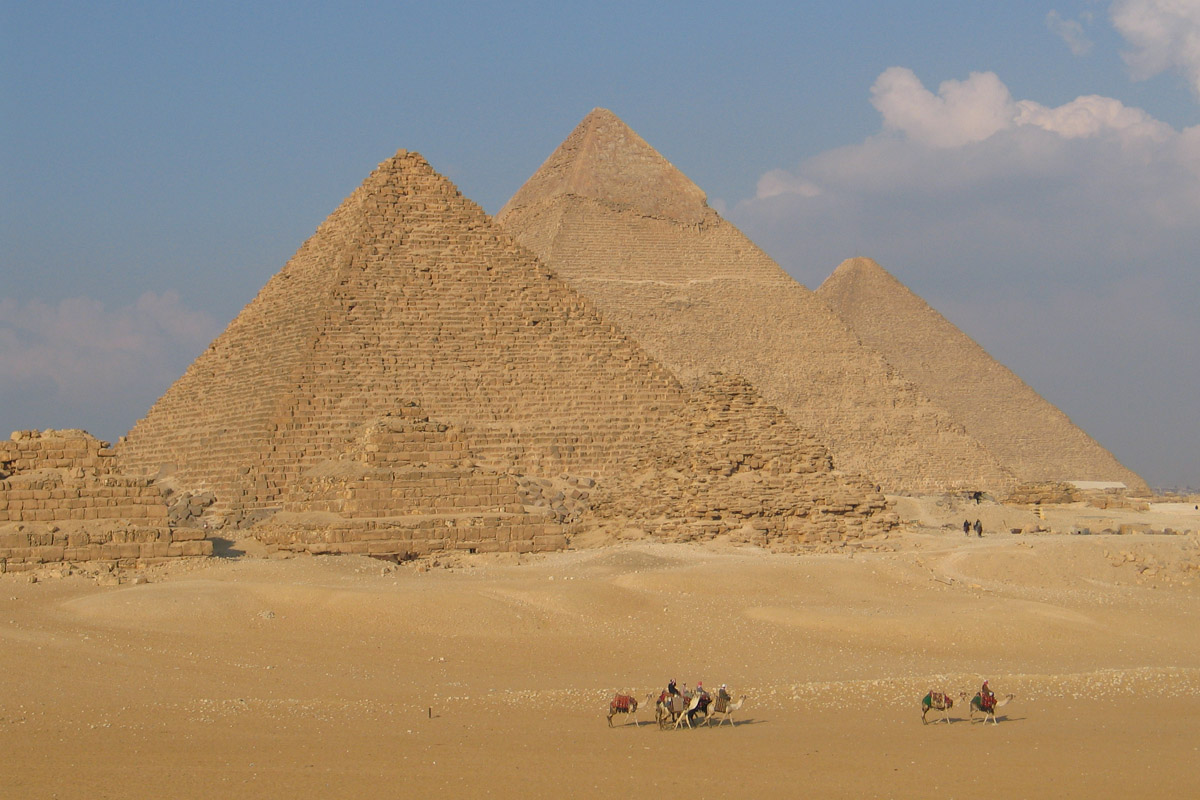 pyramids of egypt images