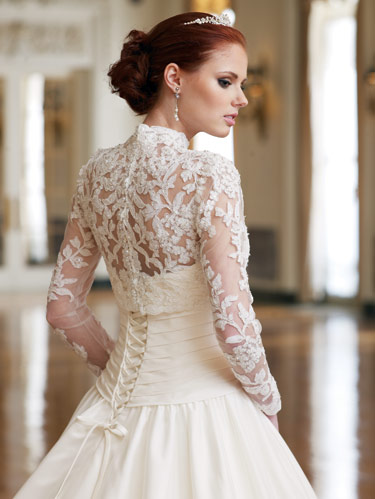 Long Sleeve Lace Dress on 58668345836ce377 Long Sleeve Lace Wedding Dresses