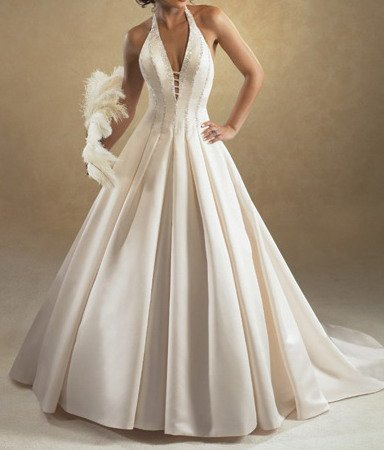 Wedding Dress Designers on Modern Wedding Dress At Free Images Wedding Dress