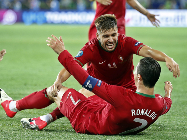 Euro 2012: Spain beat Portugal Pictures