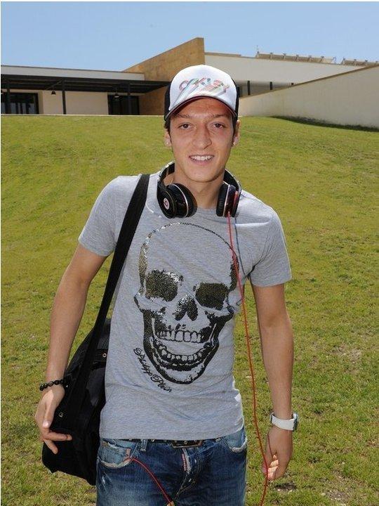 Mesut Ozil2