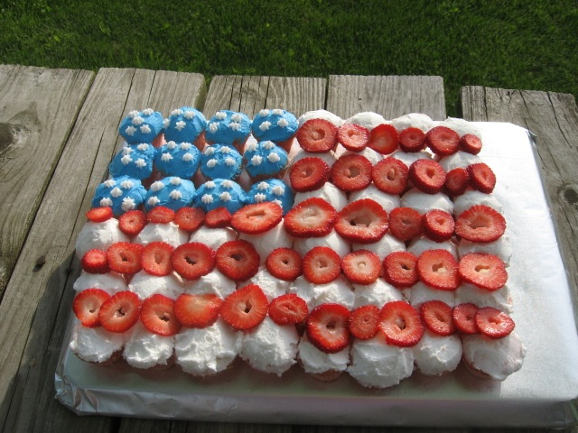 4th-of-july-desserts-05 - 5594 - The Wondrous Pics