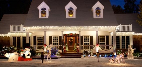 Outdoor christmas decorations ideas pictures the - Christmas exterior decoration ideas ...