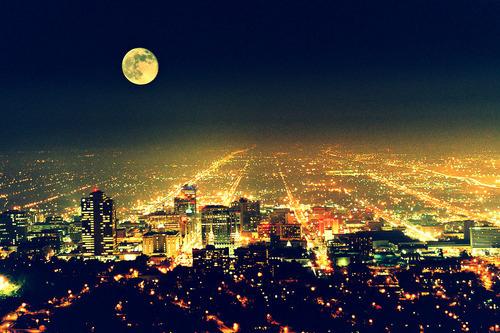 2013-moon-beautiful-city-happy-new-year-lights