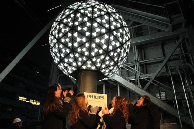 Ball-Drop-new-york-2012-2