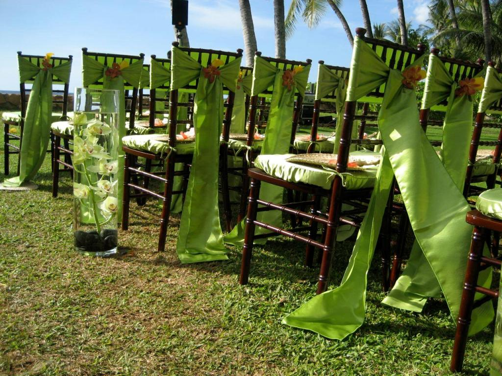 Outdoor wedding decoration ideas 12 8027 the for Decorating for outdoor wedding