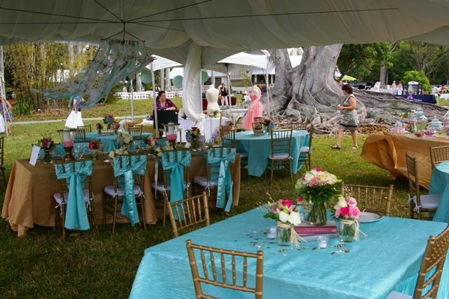 Outdoor home wedding decorations outdoor wedding venue de for Wedding venue decoration ideas pictures