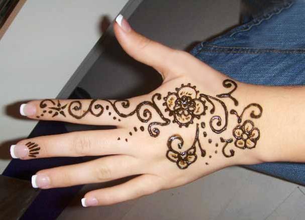 Beautiful-Henna-Mehndi-Designs (9)