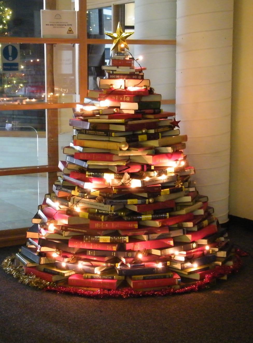 BOOK Christmas Tree Smaller