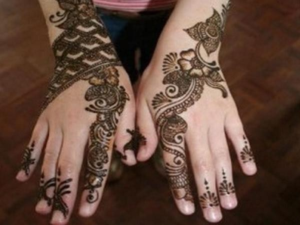 Pakistani-Mehndi-Designs-For-Eid-2015-0010
