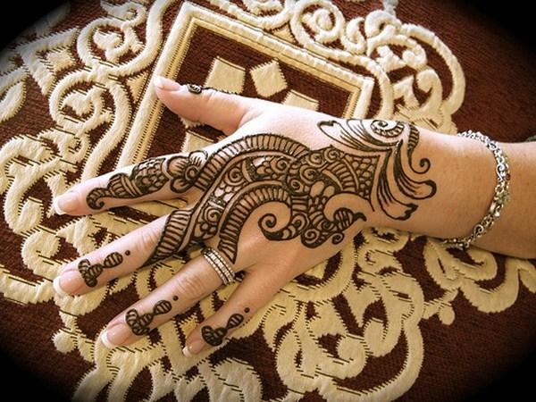 mehndi-designs-2014-for-hands-Facebook-Pics-Images-for-Eid